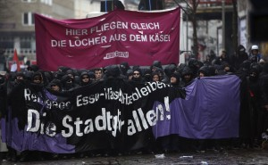 Demonstration-im-Schanzenviertel-in-Hamburg-3-